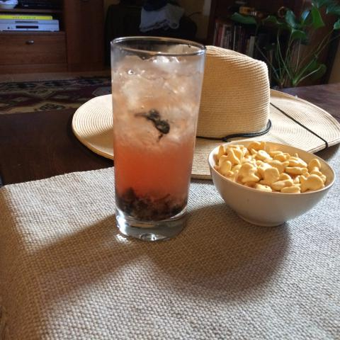Rum Smash and Goldfish